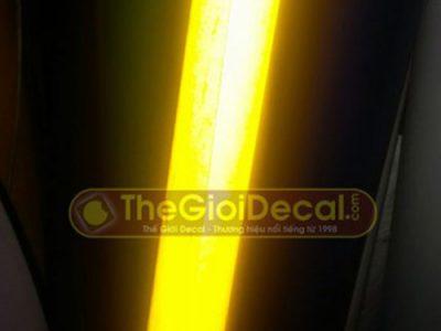 Decal phản quang trang trí bảng hiệu